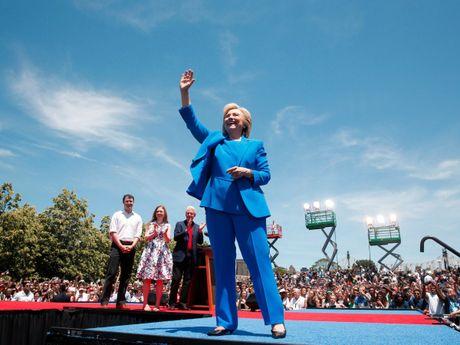Hillary Clinton: Tu nu huong dao sinh den ung vien Tong thong My - Anh 25