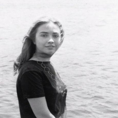 Hillary Clinton: Tu nu huong dao sinh den ung vien Tong thong My - Anh 7