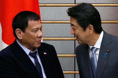 Philippines tuyen bo dung ve Nhat Ban ve van de Bien Dong - Anh 1