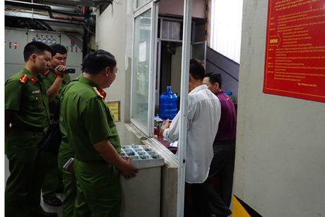 Hang loat vi pham ve an toan chay, no tai toa nha 75 Phuong Mai - Anh 4