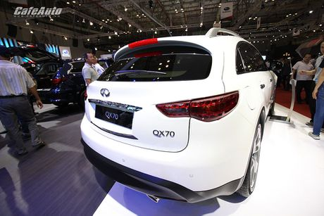 Can canh Infiniti QX70 Limited moi ra mat - Anh 4