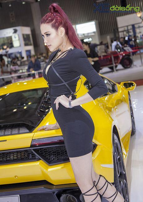 Lam Que Minh do dang sieu xe Lamborghini Huracan LP580-2 - Anh 10