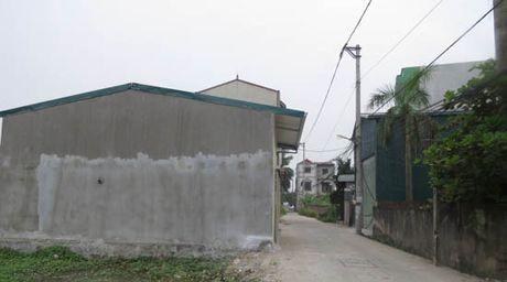 Cong trinh xay tren dat nong nghiep tai xa Duc Thuong: Loi do buong long quan ly - Anh 1