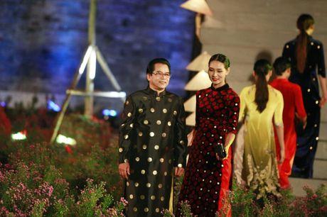 NTK Do Trinh Hoai Nam: Toi muon dong gop cho thoi trang Ha Noi - Anh 1