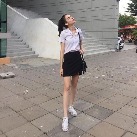 Ban se thay doi khac han ket hop voi 5 mon phu kien sau cho trang phuc cong so - Anh 1
