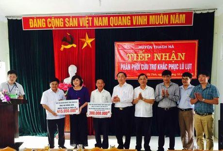 Doanh nghiep Thanh Hoa ung ho dong bao mien Trung hon 700 trieu dong - Anh 1