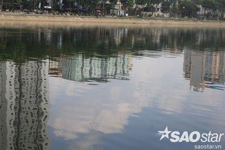 Gan 2 ta ca chet o ho Linh Dam, nguoi dan van hon nhien rua rau - Anh 9
