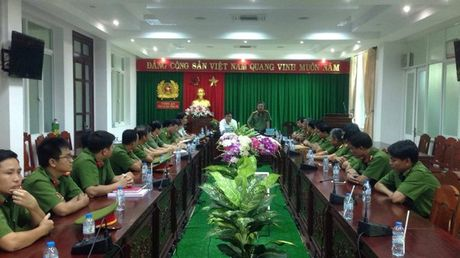 Khoi to vu an giet vo va con cua Truong Ban Dan van huyen Chau Duc - Anh 1