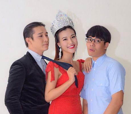 Trinh Kim Chi tro thanh ba trum hoa hau quyen luc - Anh 8