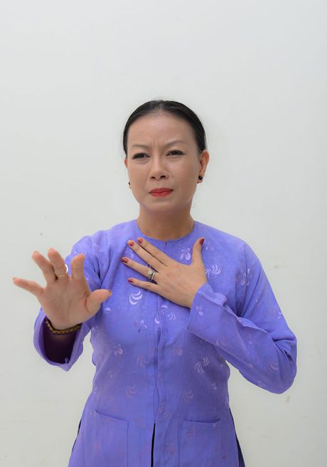 Trinh Kim Chi tro thanh ba trum hoa hau quyen luc - Anh 9