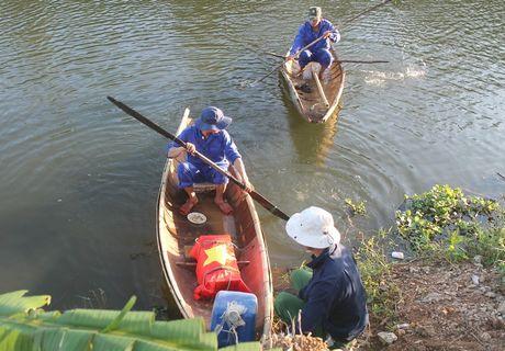 Quang Tri: Phat hien 6 bo hai cot liet si cung nhieu di vat - Anh 1