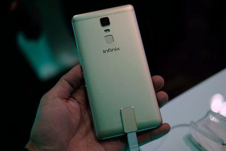 Hang Infinix ra mat 2 smartphone moi, gia tu 2,49 trieu dong - Anh 2