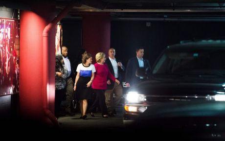 Gac chuyen bau cu, Hillary Clinton den xem Adele bieu dien - Anh 3