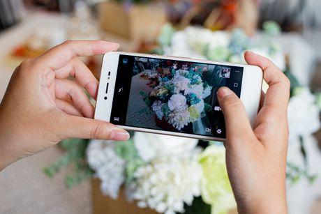 5 uu diem hut nguoi dung cua smartphone selfie Lai Yuna X - Anh 2