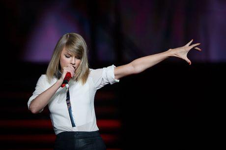10 nam xay dung de che am nhac cua Taylor Swift - Anh 10