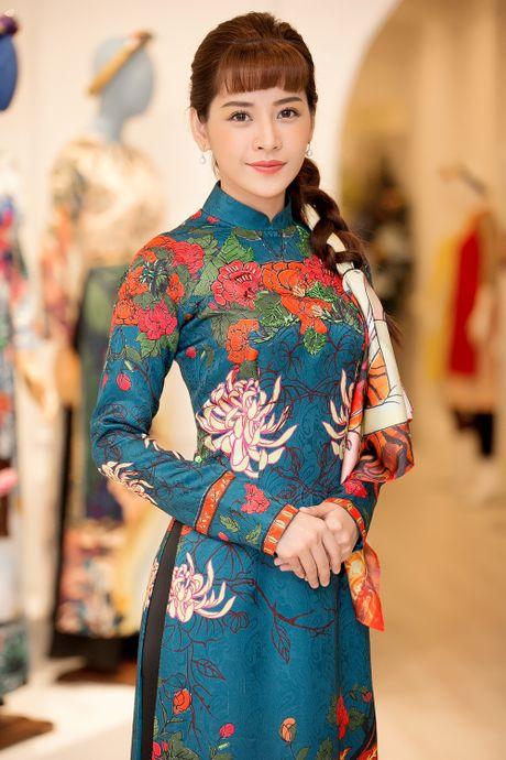 Dan sao Viet 'ru nhau' tham du su kien ton vinh Ao dai Viet Nam - Anh 5