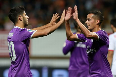 Nacho ghi ban tuyet dep, Real Madrid de bep doi hang duoi 7-1 - Anh 2