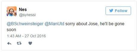 Schweinsteiger khien fan Man United phat khoc voi dong tweet nay - Anh 2