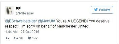 Schweinsteiger khien fan Man United phat khoc voi dong tweet nay - Anh 3