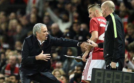 '101 bieu cam' cua Jose Mourinho trong chien thang truoc Man City - Anh 11