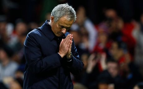 '101 bieu cam' cua Jose Mourinho trong chien thang truoc Man City - Anh 6