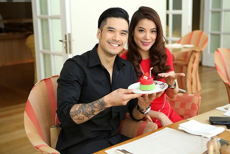 Thien Nguyen - Truong Ngoc Anh 'tinh cam' tai tiec sinh nhat - Anh 5