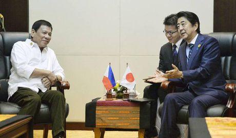 Bao Anh: Tong thong Philippines tim cach tran an Nhat Ban - Anh 1