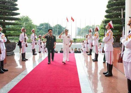 Hoa Ky tang cuong hop tac quan su voi Viet Nam - Anh 1