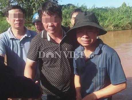 Bi can vu ban chet 3 nguoi nho Bao Dan Viet dan ra dau thu - Anh 2