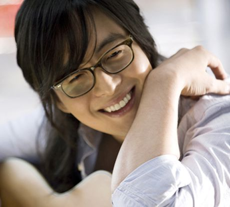 Dieu gi khien Bae Yong Joon lam chi em me man? - Anh 3