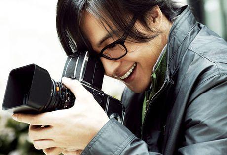 Dieu gi khien Bae Yong Joon lam chi em me man? - Anh 4