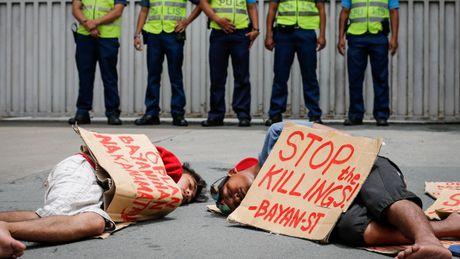 Philippines: Bi nghi ngo buon ma tuy, thi truong bi ban chet - Anh 1