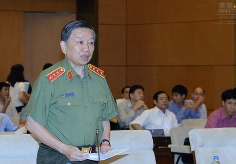 Bo truong Cong an: Toi pham dam thue chem muon co dau hieu phuc tap tro lai - Anh 1
