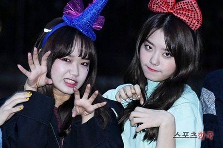 I.O.I don Halloween som, Twice lang xe dieu nhay moi o Music Bank - Anh 5