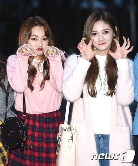 I.O.I don Halloween som, Twice lang xe dieu nhay moi o Music Bank - Anh 6