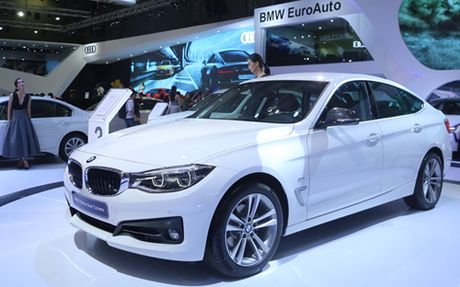 BMW 320i GT gia hon 2,2 ty dong - Anh 2