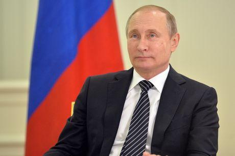 Tong thong Putin gay gat voi quan chuc Nga ung ho khieu khich NATO - Anh 1