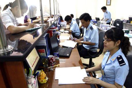 Nganh Hai quan thu ngan sach 10 thang dat tren 78% du toan - Anh 1