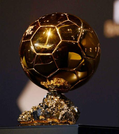 Dua QBV: Ronaldo, Messi khong phai ung vien so 1 - Anh 1