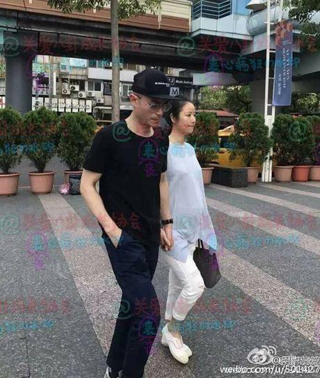 Tin giai tri ngay 28/10: Cuong Do la tai hop Ha Vi; Lam Tam Nhu nam tay chong - Anh 5