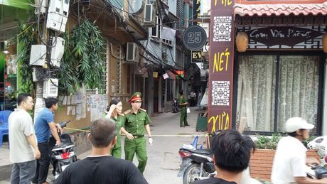 Tin nong moi nhat 28/10: Ban chet nhan vien le tan tai nha nghi - Anh 1