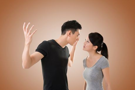 Em khong biet lam sao de chong chiu chia se viec nha, cham con voi minh - Anh 1