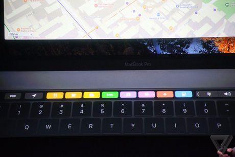 Apple 'trinh lang' san pham Macbook Pro voi nhieu tinh nang vuot troi - Anh 45