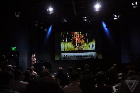 Apple 'trinh lang' san pham Macbook Pro voi nhieu tinh nang vuot troi - Anh 54