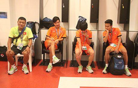U19 Viet Nam vs U19 Nhat Ban (0-3): Luc bat tong tam - Anh 3