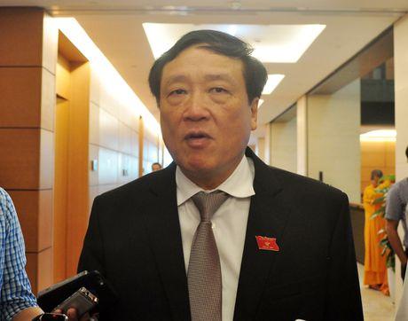 Chanh an Nguyen Hoa Binh: Can bo tu phap co 'tu trong, si dien' cua ho - Anh 1