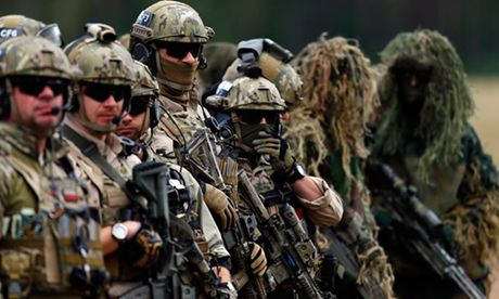 Nga to NATO lam xoi mon an ninh chau Au - Anh 1