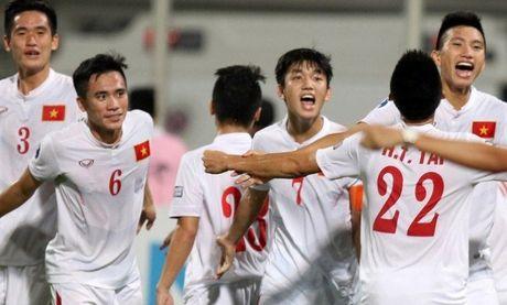 U19 Viet Nam nhan thuong 100 trieu dong tu Bo truong VH-TT&DL - Anh 1