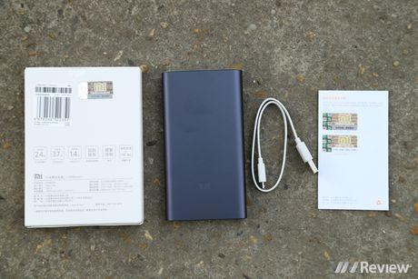 Su dung thuc te va mo pin du phong Xiaomi 10.000 mAh (Gen 2) - Anh 1