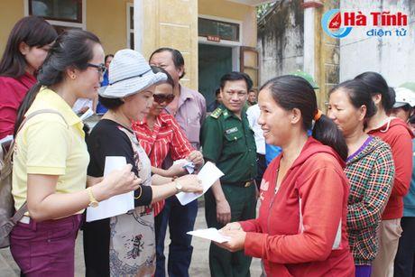 Tiep nhan ung ho cua cac dia phuong, to chuc, doanh nghiep - Anh 5